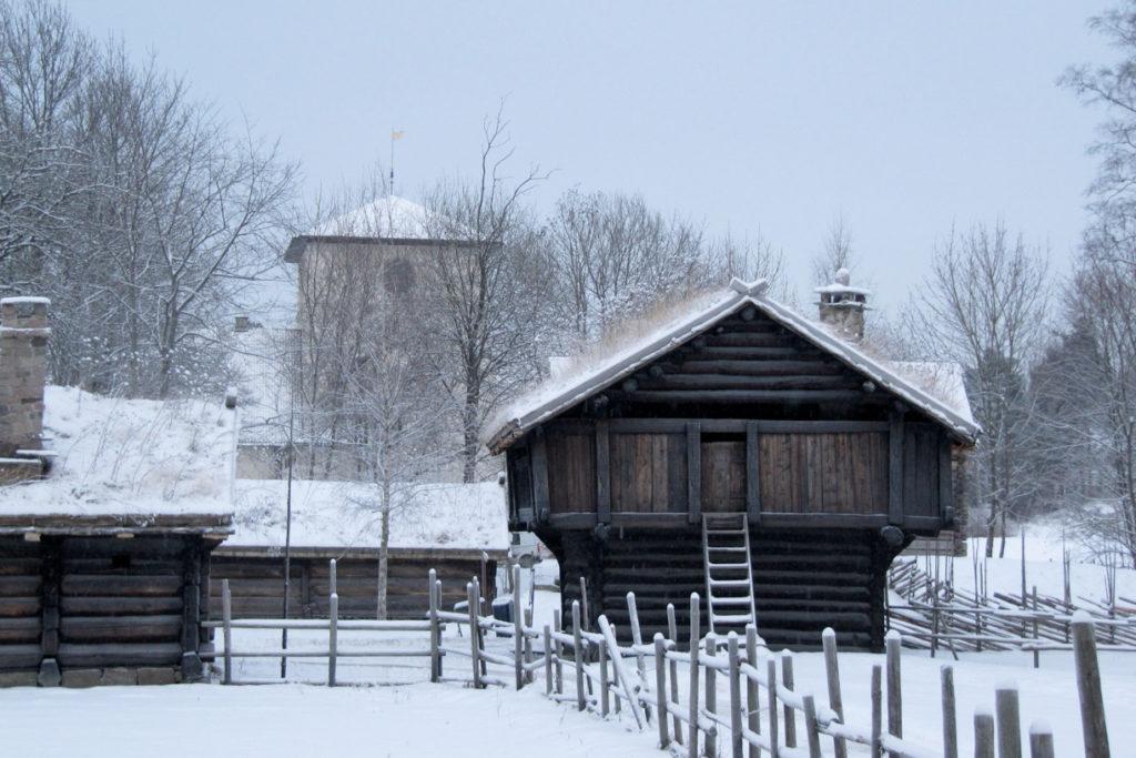 slik arrangerer du julebord i Oslo - på Folkemuseet