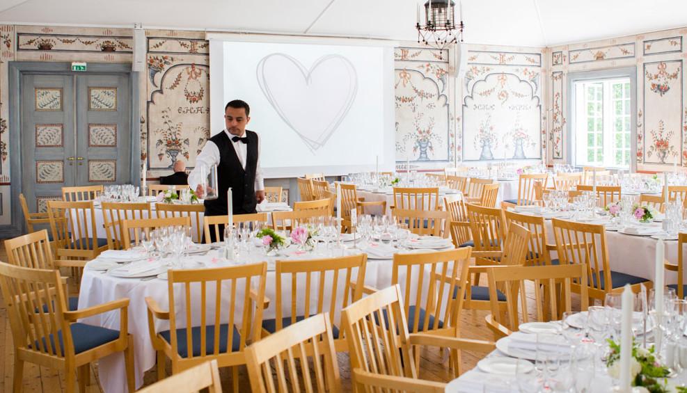 Festsalen pyntet til fest, Gjestestuene selskapslokaler på Norsk Folkemuseum